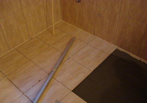 Плитка на деревянный пол в