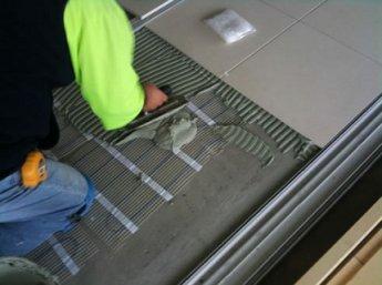 Укладка плитки на термоматы