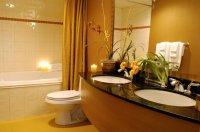обробка ванної кімнати плиткою відео