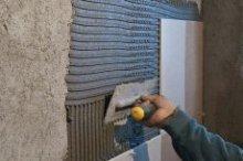 Вирівнювання стіни під плитку